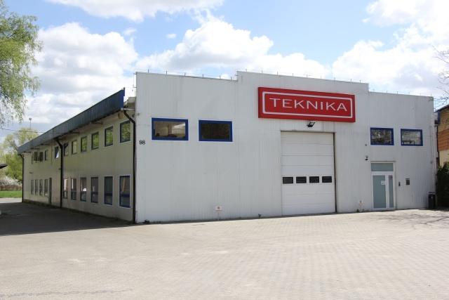 Centrum_nowoczesnych_technologii_dla_przemysłu_drzewnego_i_meblarskiego.jpg