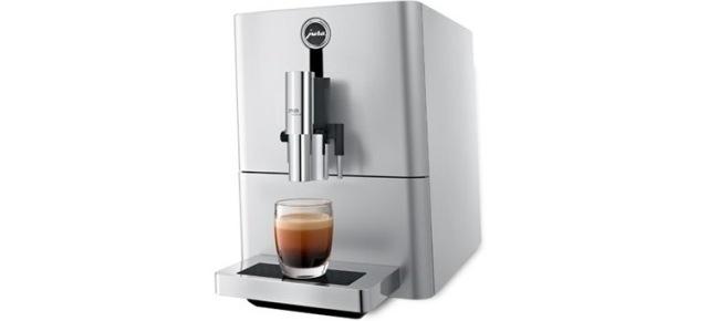 Przyjemność picia kawy – świeżo zmielonej, nie z kapsułki!