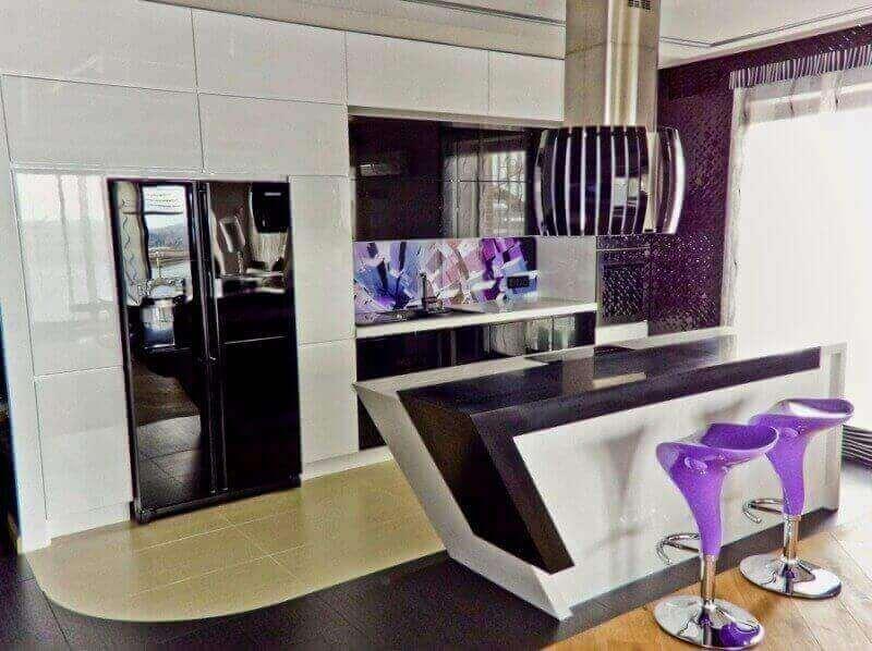 Kuchnia otwarta na salon 6 nowoczesnych aran acji for Kuchnia polaczona z salonem