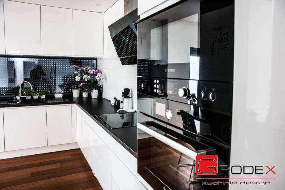 Projektanci kuchni zadbali również o jej funkcjonalny
