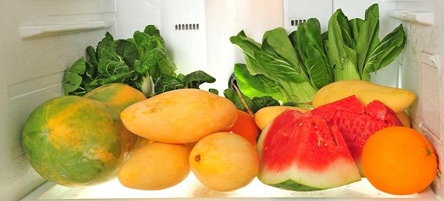 Przechowywanie żywności w lodówce – prawdy i mity