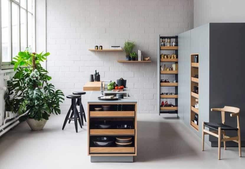 Kuchnia piękna na zewnątrz i wewnątrz! Kolekcja FIORO w kolorze drewna i antracytu