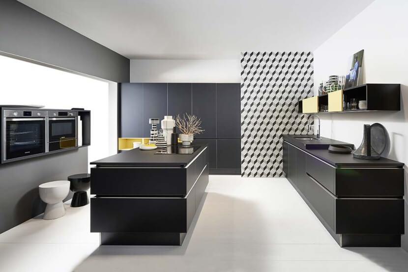 3 pomysły na kuchnie w ciemnej kolorystyce