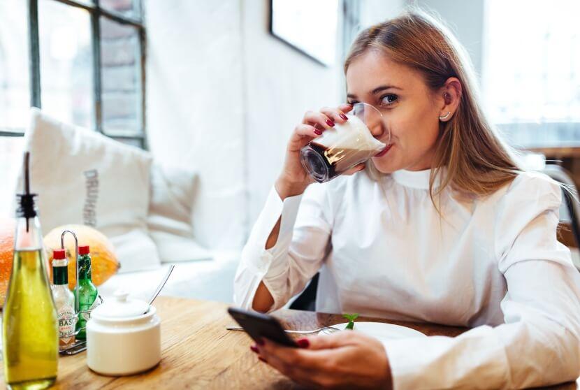 Ekspres do kawy: automatyczny, kolbowy, przelewowy czy kapsułkowy?