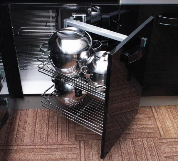 Funkcjonalne przechowywanie w kuchni - kosz narożny corner od GTV