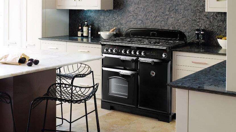 Kuchenka gazowa z piekarnikiem. Jaki model będzie najlepszy do naszej kuchni?