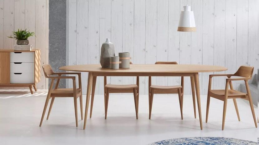 Jaki stół do kuchni? Warto go mieć, nawet w małym pomieszczeniu!