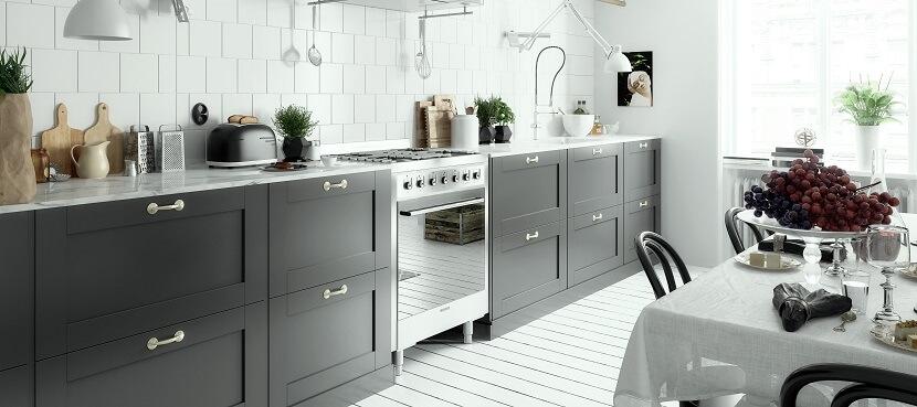 Meble kuchenne na wymiar czy gotowe ze sklepu – poznaj wady i zalety obu rozwiązań!