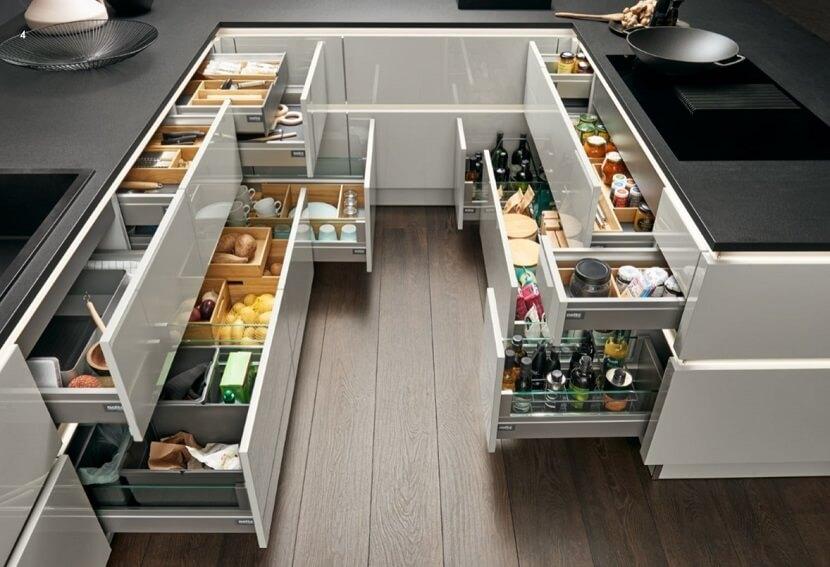 Wszystko w porządku! Funkcjonalna organizacja szuflad kuchennych – przykłady i inspiracje