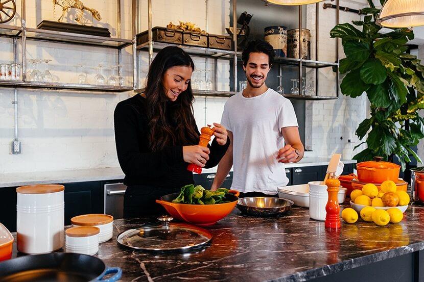 Komfort w standardzie – nowoczesne klimatyzery do kuchni
