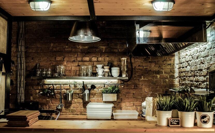 Zaplanowany nieład czy starannie przemyślany chaos, czyli jak stworzyć niepowtarzalną kuchnię w stylu boho